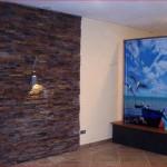 Diese Thermodyn mit landschaftsbezogenem Motiv steht in einem Hotel am Bodensee